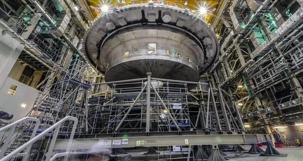 В Європі почалася збірка найпотужнішого термоядерного реактора